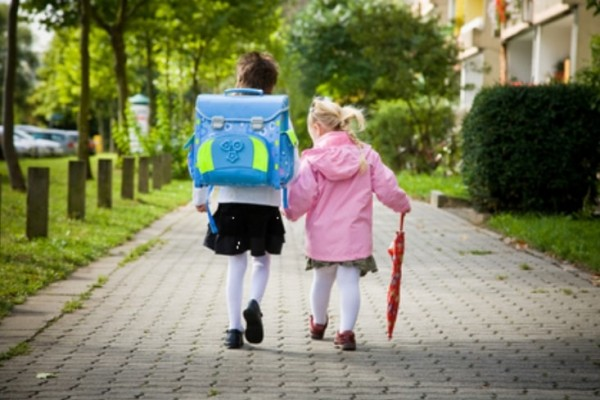 Итальянские дети смогут ходить домой одни после школы