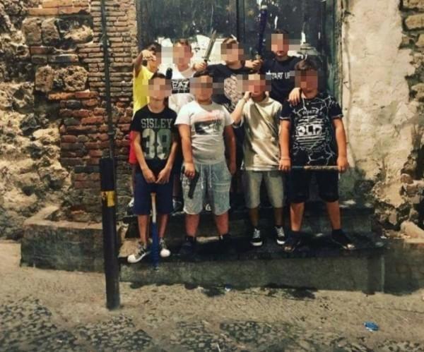 «baby gang» в Неаполе: фотографии в соцсетях