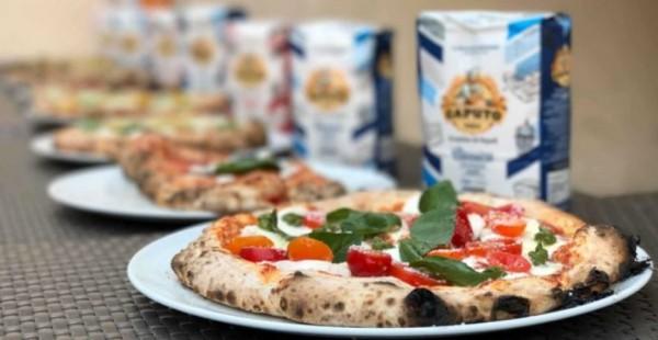 Настоящая пицца завоевывает Париж: требуются пиццеристы из Неаполя