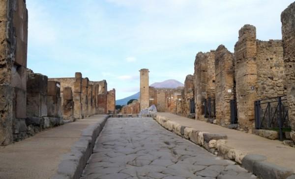Помпеи: лазер сканировал невидимый древний квартал