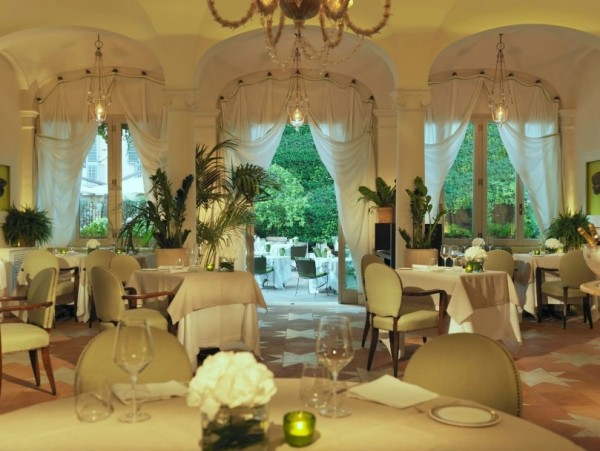 в знаменитом на весь Рим ресторане Le jardin de Russie