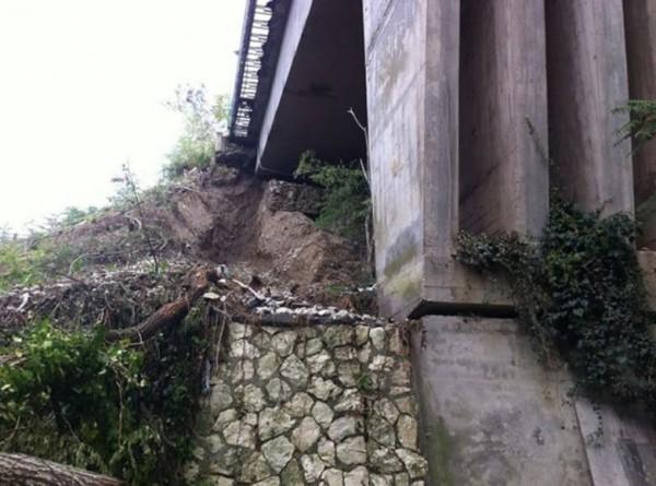 В итальянском городе Беневенто закрыли мост автора рухнувшего виадука