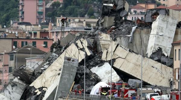 В Генуе 14 августа обрушился один из пролетов моста