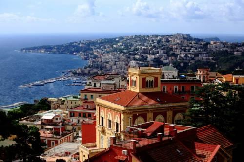 на туристических форумах Неаполь постоянно ругают