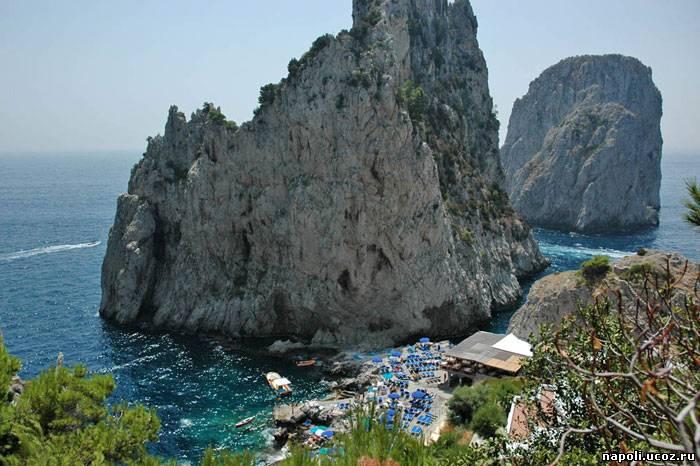 Остров Капри, наиболее известная жемчужина Тирренского моря