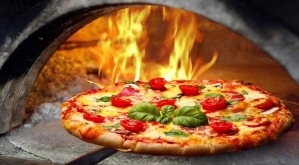 Неаполь - родина итальянской пиццы