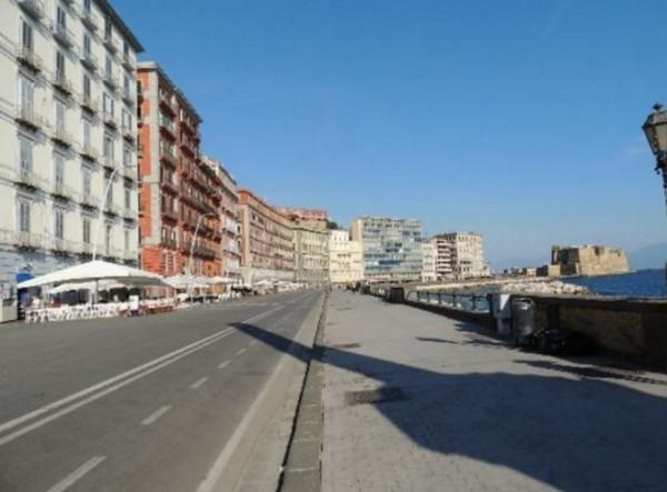 Улица Партенопе, Неаполь