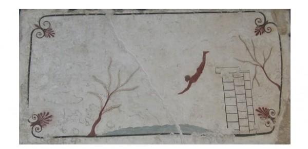 Рисунок на крышке гробницы стал визитной карточкой Пестума