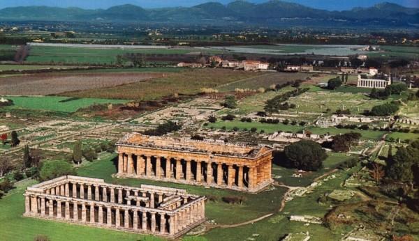 Пестум был основан греками в V веке до нашей эры