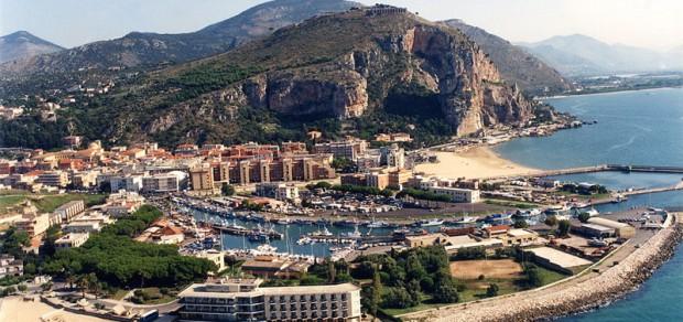 Город-курорт Террачина, в области Лацио