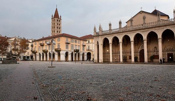 Кафедральный Собор XV века, город Бьелла