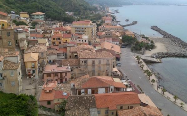 Большинство городов итальянского юга, в том числе и Никотера, появились благодаря древним мореплавателям из Греции