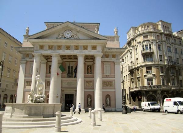 Триест становится лакомым куском для королевства Италии