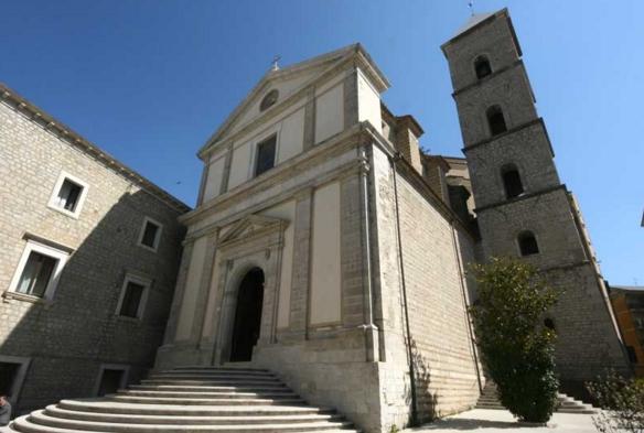 Главная архитектурная ценность Потенцы – это собор Святого Франциска