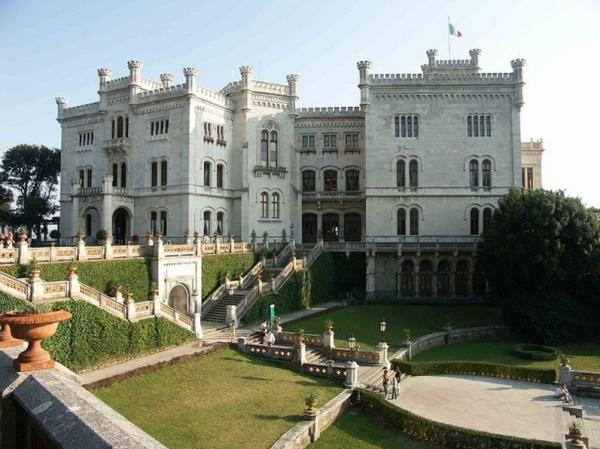 Город Триест - замок Мирамаре
