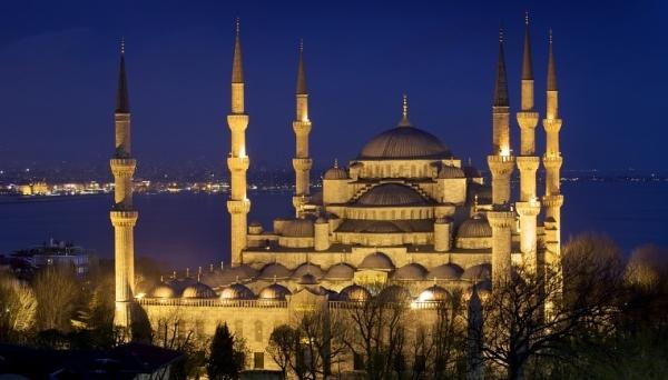 Как познакомиться Стамбулом: рекомендации по выбору экскурсий и туроператора