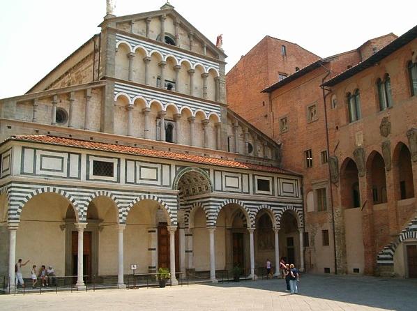 Город Пистоя, в итальянском регионе Тоскана