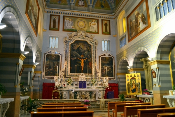 город Фоджа - Церковь Св. Клары