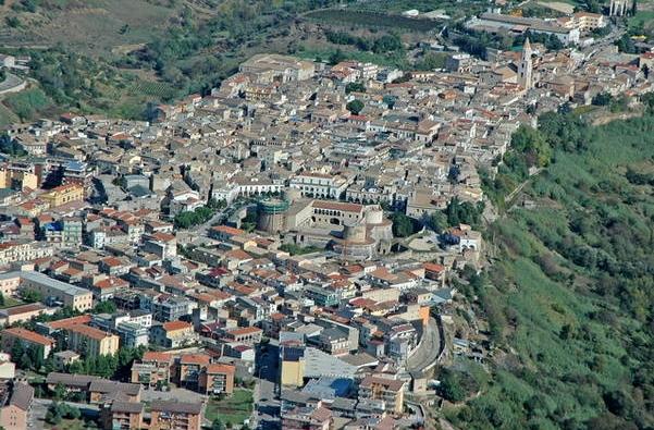 Город Веноза, в итальянском регионе Базиликата
