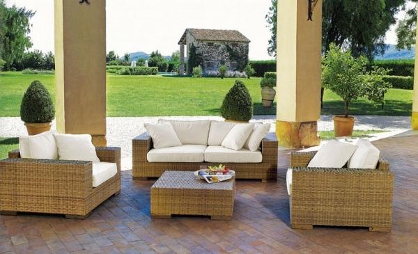 Изященоство и великолепие итальянской садовой мебели