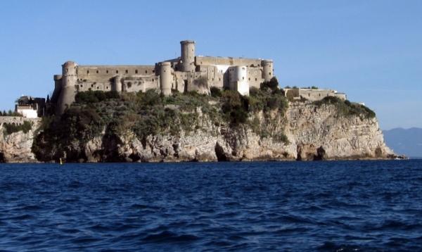 замок Гаэты