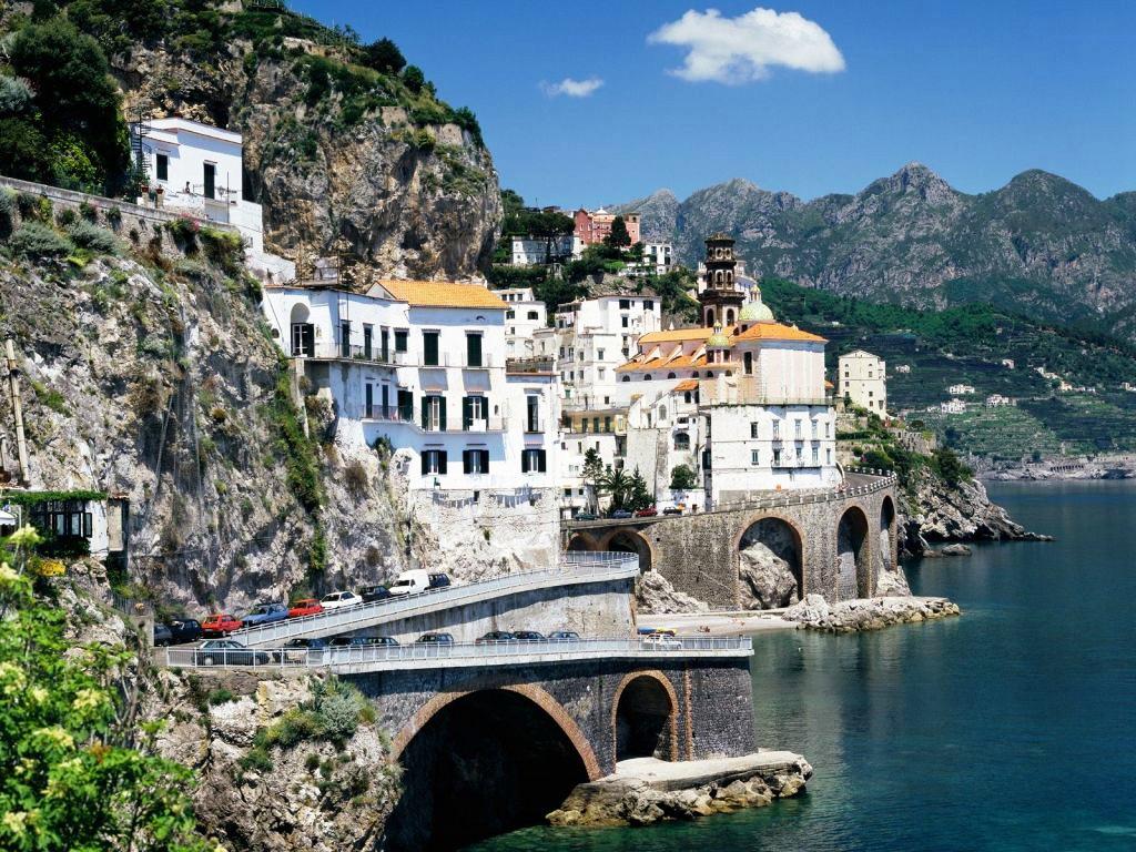 большой выбор экскурсионных программ в городах Милан, Неаполь, Венеция и Рим