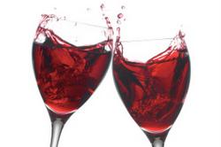 Вино Ischia Rosso - цвет рубиновый, насыщенный гармоничный вкус