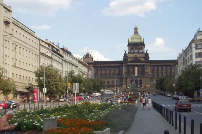 Вацлавская площадь - достопримечательностей Праги