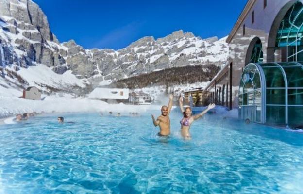 Швейцария предоставляет гостям отличный отдых в термальных отелях, альпийские высокогорные курорты и красивые природные пейзажи