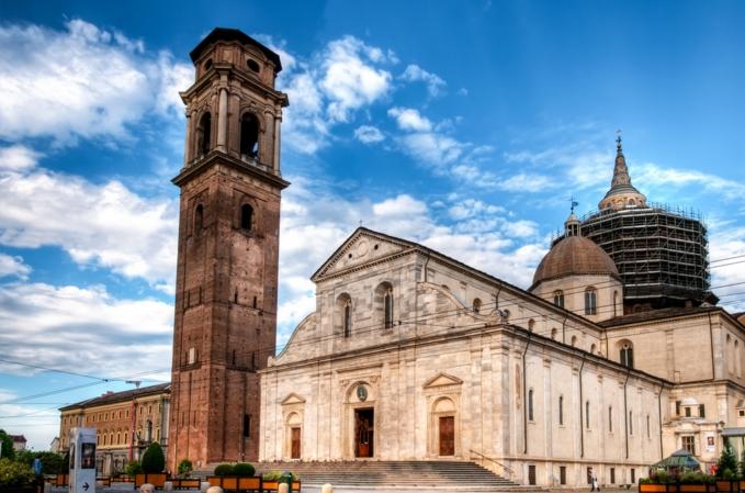 Самой знаменитой достопримечательностью города является, несомненно, кафедральный Собор в стиле ренессанс