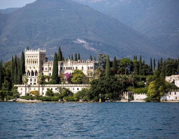 Невозможно обойти стороной озера Италии