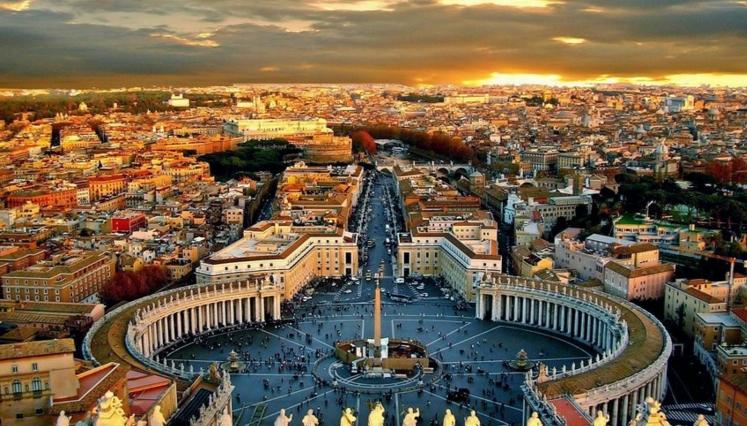 Посмотреть Рим сразу из одной точки практически невозможно