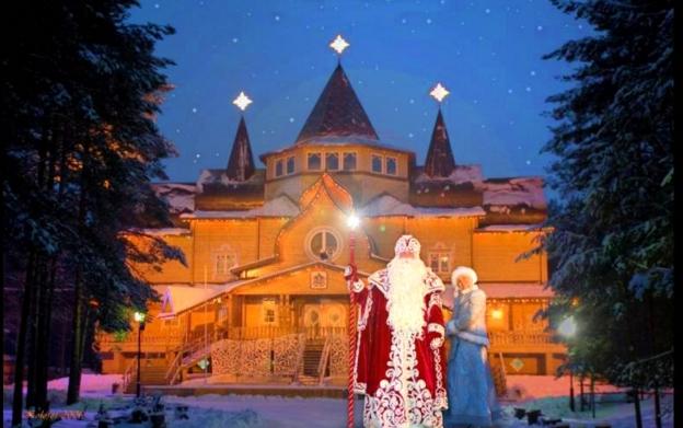Можно прокатиться до Великого Устюга, осмотреть чертоги Деда Мороза