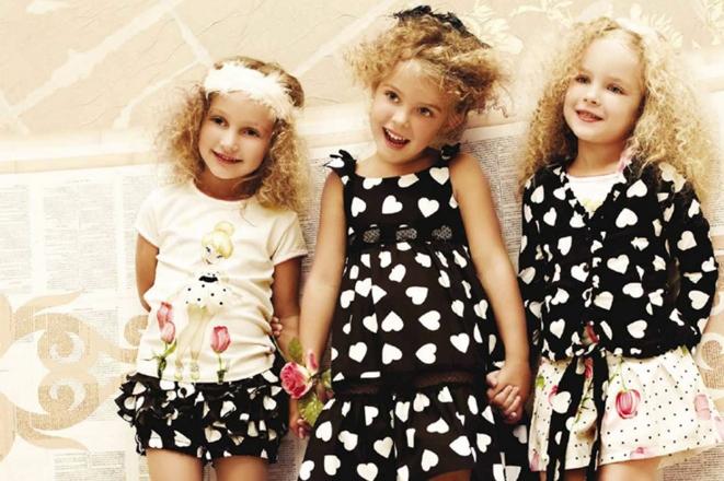 В 2015 году итальянский бренд детской одежды Monnalisa