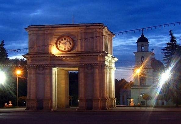Столица Молдовы Кишинёв то и дело манит к себе различных туристов