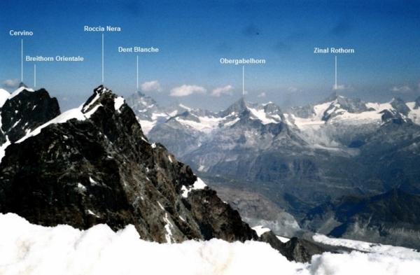 Валле-д'Аоста это область Италии, которая граничит с двумя странами – Францией и Швейцарией