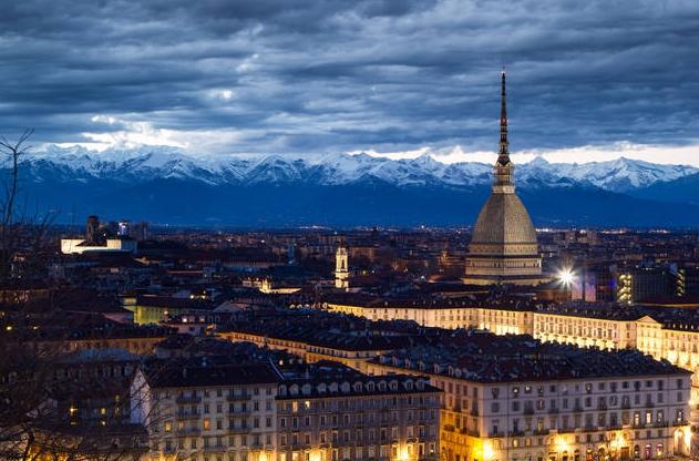 Столицей Пьемонта является Турин – безусловно, обязательный пункт посещения для туристов, проживающих в этом районе