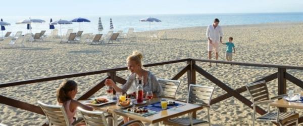 итальянцы любят брать в аренду на долгий срок пляжные участки