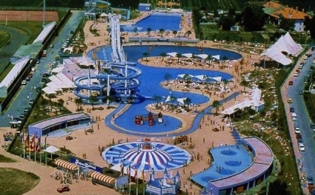 Городской аквапарк считается первым на территории итальянской республики