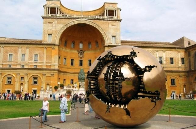 Ватикан - Здесь вы увидите этрусский и египетский музеи