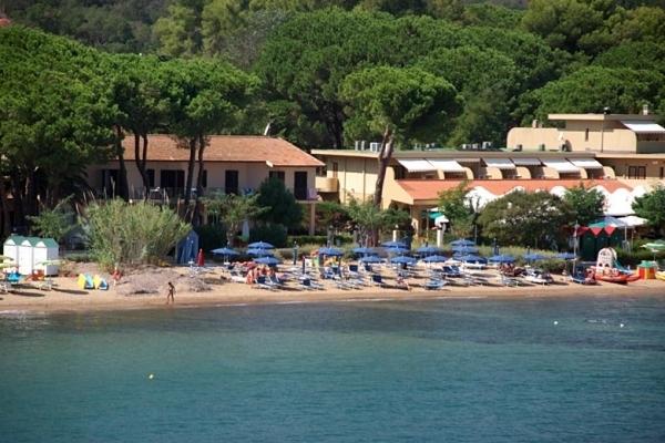 Поселяясь в итальянском отеле, обязательно узнайте, если у нее свой пляж