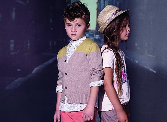 Если взять другие бренды, то Paul Smith делают акцент в детской одежде на свитерах с геометрическим узором