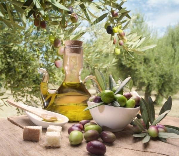А еще Апулия славится своим вином и оливковым маслом