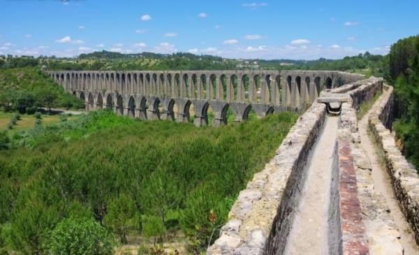 Настоящим кладезем культуры являются римские акведуки