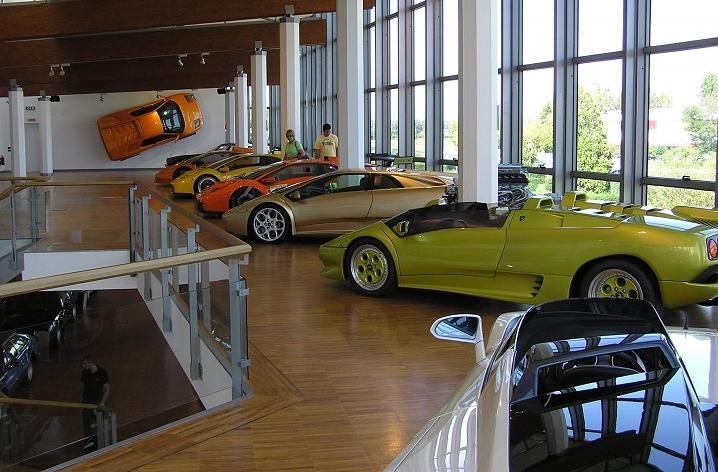 завод музей lamborghini в италии