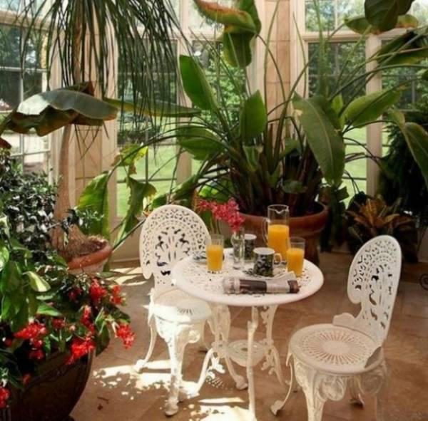 Итальянский стиль — это самый популярный стиль создания зимнего сада