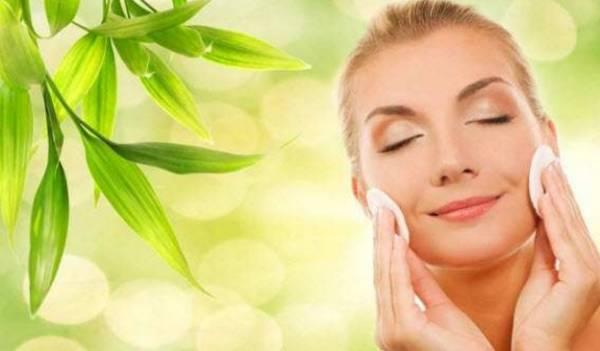 Использовать средства по уходу за кожей лица и тела
