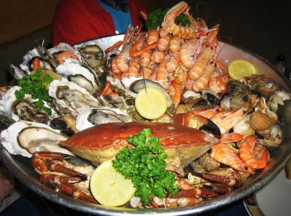 Кухня юга страны богата блюдами из рыбы и морепродуктов
