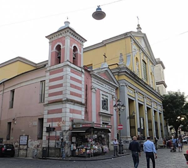 Казерта - собора Сан-Микеле Арканджело