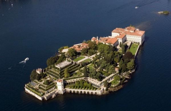 Остров Isola Bella (Италия) был создан для жизни барской семьи